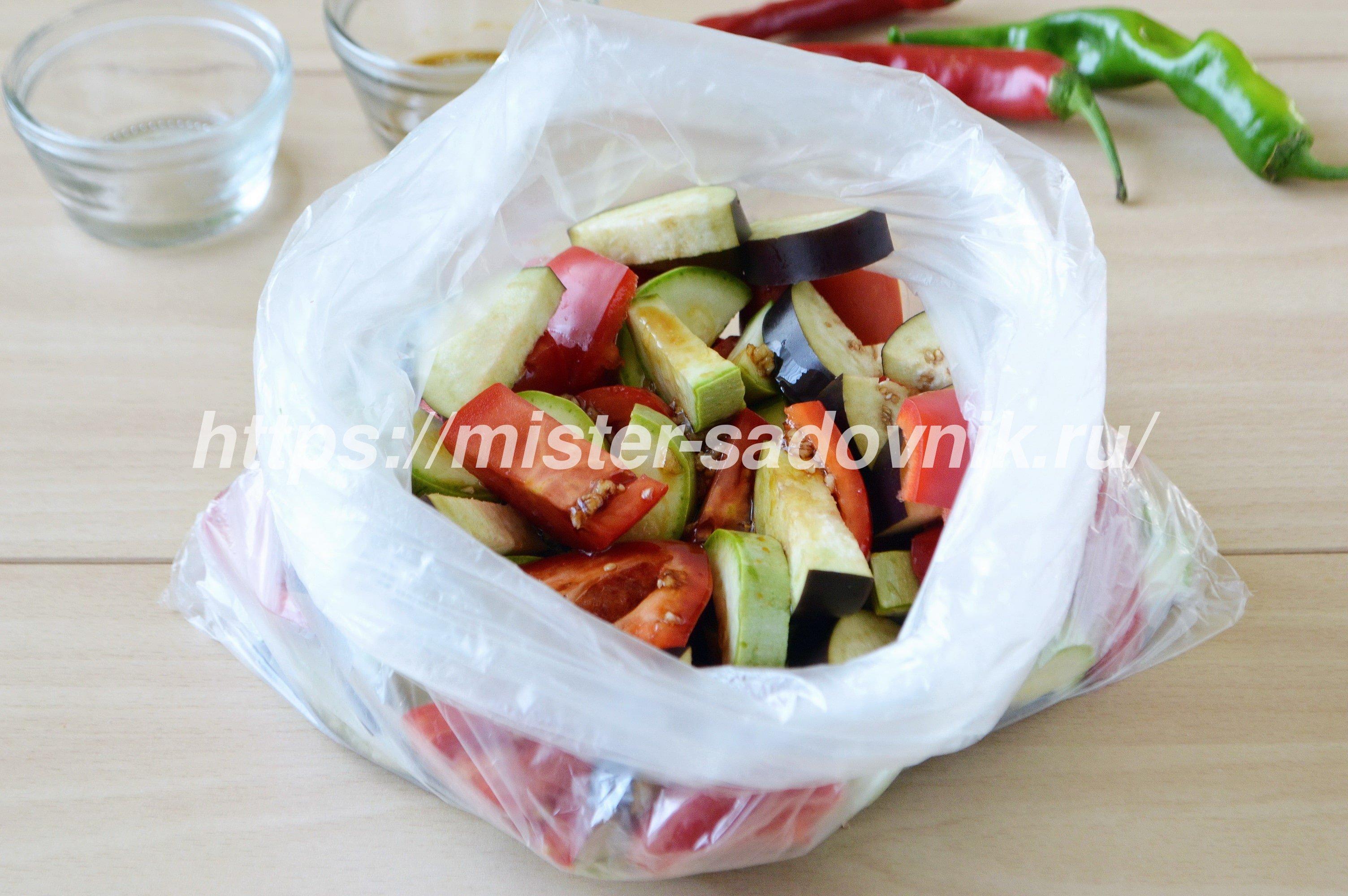 как запечь овощи в духовке вкусно